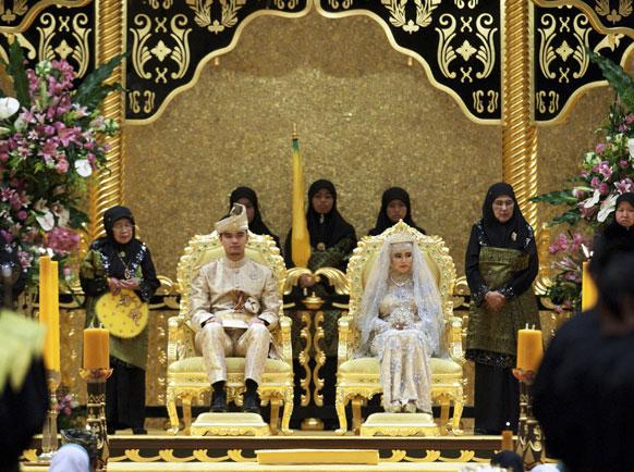 ब्रुनेई के सुल्तान नुराल इमान के भव्य वैवाहिक समारोह का दृश्य।