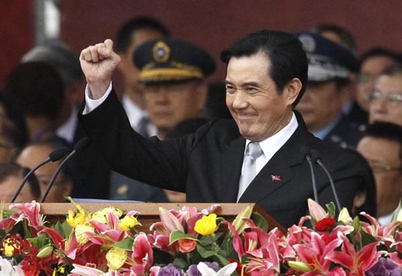 ताइवानी राष्ट्रपति मा यिंग जेयू  ने चीन रिपल्बिक के 101वीं वर्षगाठ पर लोगों को बधाई दी।