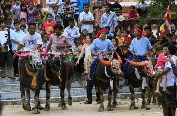 कोलंबिया में घुड़सवारों ने 35 किलोमीटर की यात्रा तय की।