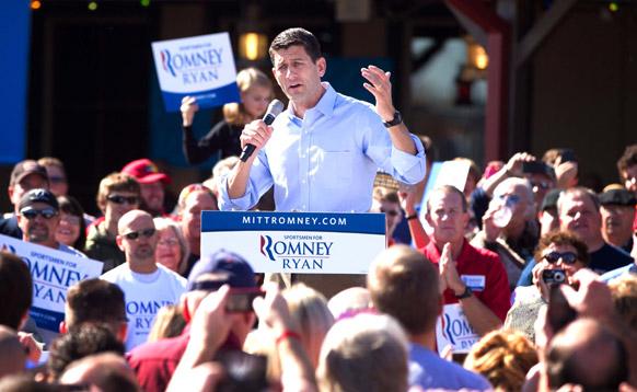 अमेरिका में रिपल्बिकन उपराष्ट्रपति पद के उम्मीदवार रेप पॉल रेयान एक चुनावी रैली के दौरान।