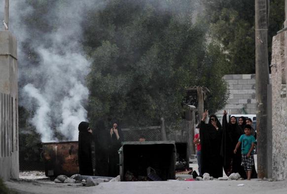 बहरीन में दंगे के बाद एक दृश्य।