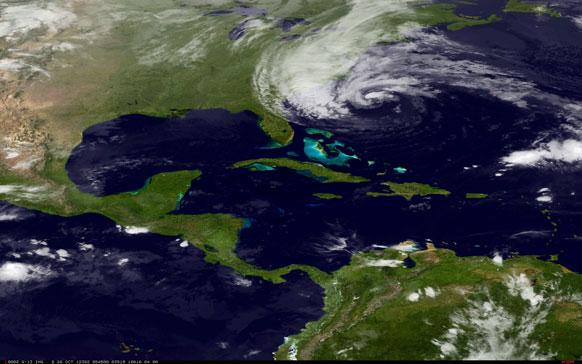 अमेरिका के पूर्वी तट पर हैरिकेन सेंडी देखा गया, यह तस्वीर एनओएए द्वारा ली गई।