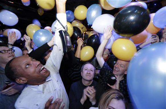 मैरीलैंड में जीत से पहले एक बैलून पार्टी का दृश्य।