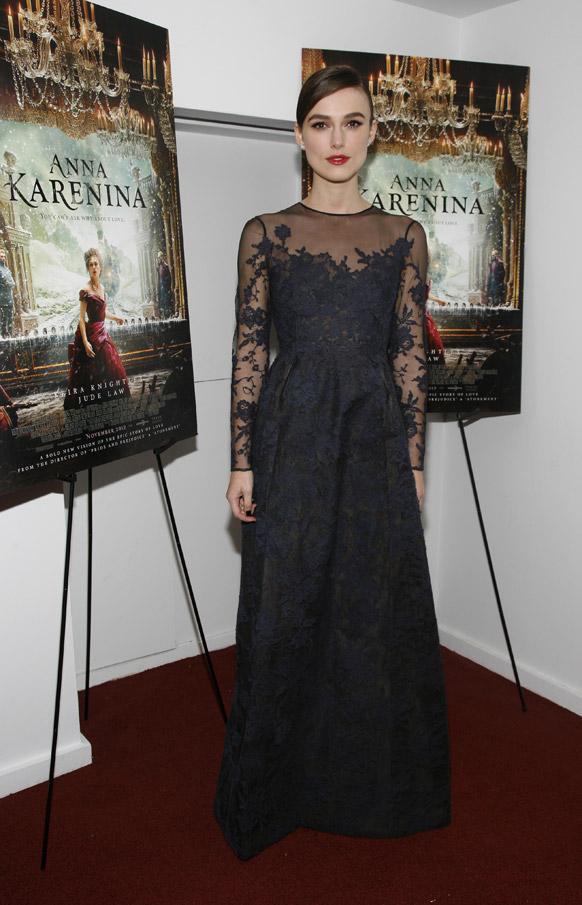 न्यूयॉर्क में 'अन्ना केरेनिना' की प्रीमियर में शिरकत करते हुए अभिनेत्री कीरा नाइटली।