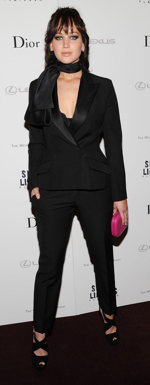न्यूयॉर्क में 'सिलवर लिनिंग्स प्लेबुक' के स्पेशल स्क्रीनिंग में भाग लेती अभिनेत्री जेनिफर लॉरेंस।