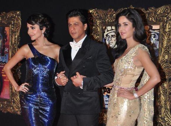 फिल्म के मुख्य किरदार- शाहरूख खान, अनुष्का शर्मा और कैटरीना कैफ।