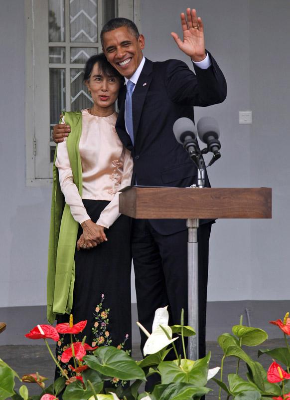 म्यामांर में अमेरिकी राष्ट्रपति बराक ओबामा और म्यामांर में लोकतंत्र की समर्थक सू ची।