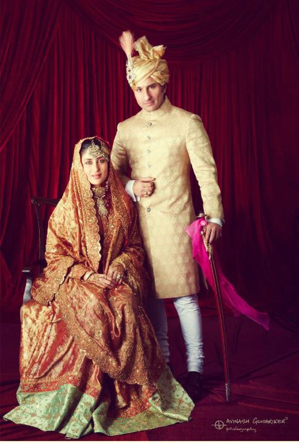 सैफ अली खान के साथ शादी के बाद आकर्षक लिबास में करीना कपूर।