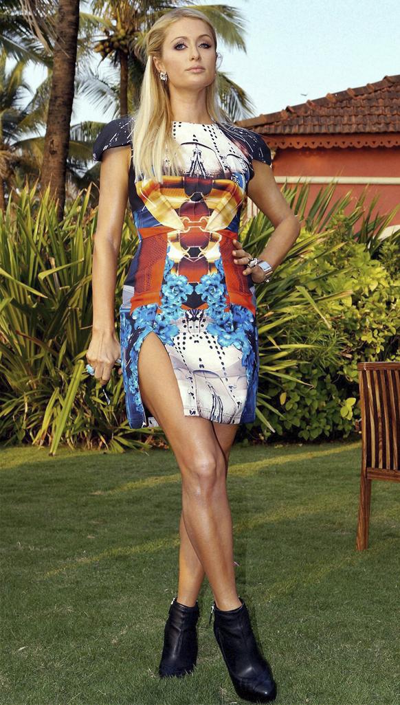 पेरिस हिल्टन भारत दौरे पर गोवा में।