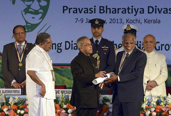 केरल के कोची में प्रवासी भारतीय सम्मेलन में राष्ट्रपति प्रणब मुखर्जी।