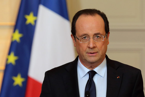 माली की स्थिति पर पेरिस में मीडिया को सम्बोधित करते फ्रांस के राष्ट्रपति फ्रैंकोइस होलांद।