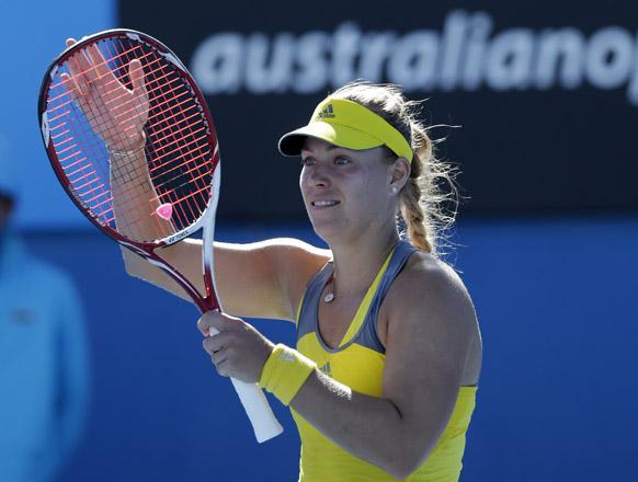 ऑस्ट्रेलियन ओपन टेनिस टूर्नामेंट 2013 के दौरान मैच जीतने के बाद जर्मनी की एंजेलिक केबर।