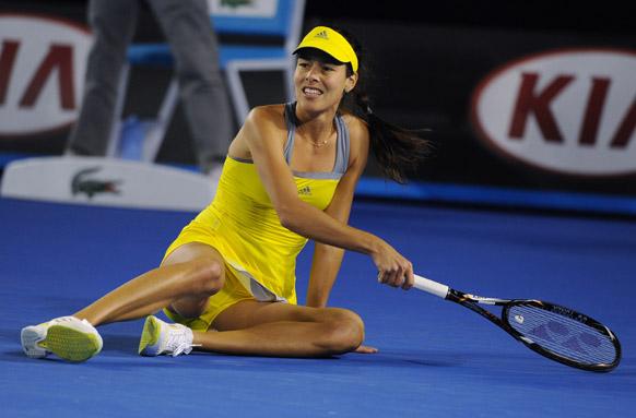 ऑस्ट्रेलियन ओपन टेनिस टूर्नामेंट 2013 के दौरान सर्विया की एना इवानोइक ।