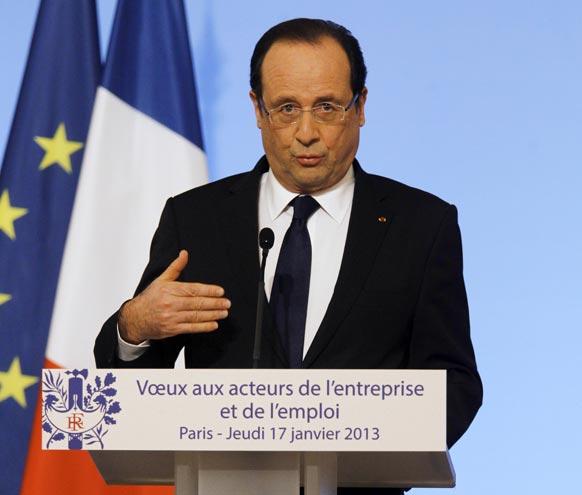 पेरिस में एक संबोधन के दौरान फ्रांस के राष्ट्रपति होलांदे।
