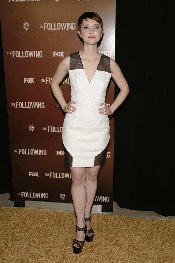 न्यूयार्क में 'द फालोविंग' के प्रीमियर पर अभिनेत्री वेलोरी करी।