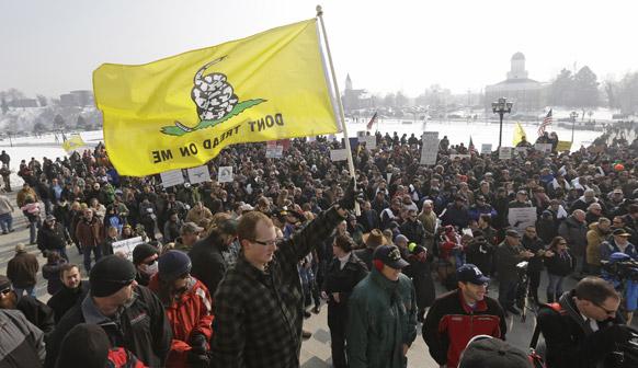 साल्ट लेक सिटी में गन एप्रेसिएशन डे रैली में शामिल लोग।