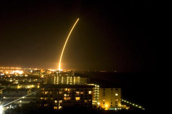 अमेरिका के केप केनवेरल एयर फोर्स स्टेशन से बुधवार को एलायंस एटलस रॉकेट का प्रक्षेपण किया गया।
