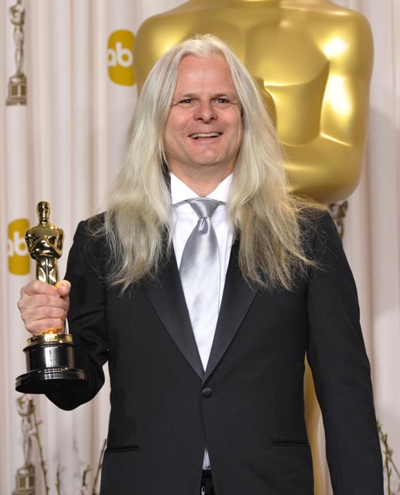 फिल्म लाइफ ऑफ पाई के लिए क्लाउडियो मिरांडा ने बेस्ट सिनेमेटोग्राफी का अवार्ड जीता।