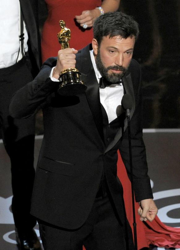फिल्म आर्गो के लिए बेन एफ्लैक को बेस्ट पिक्चर का अवार्ड मिला।