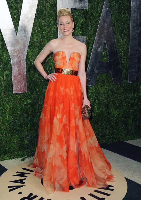 कैलिफोर्निया में वेनिटी फेयर ऑस्कर पार्टी 2013 में अभिनेत्री एलिजाबेथ बैंक्स।