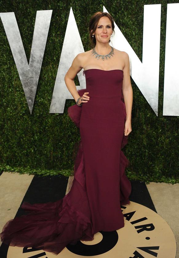 कैलिफोर्निया में ऑस्कर पार्टी में अभिनेत्री जेनिफर गार्नर।
