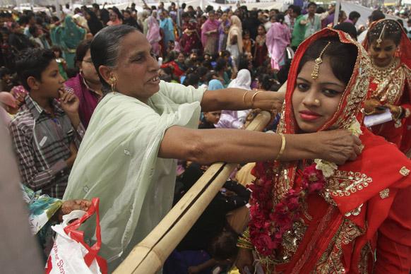 अहमदाबाद में सामूहिक शादी में 162 मुस्लिम कपल्स ने हिस्सा लिया।