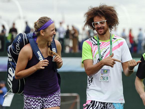 टेनिस खिलाड़ी विक्टोरिया अराजेंका , गायक रेडफो के साथ कैलिफ में।
