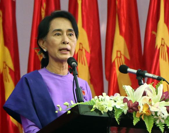 म्यांमार के विपक्ष की नेता आन सान सू ची फिर से एनएलडीपी की नेता चुनी गईं।