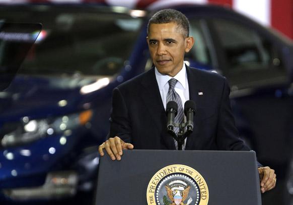 एरगोने के नेशनल लेबोरेटरी में अमेरिकी राष्ट्रपति बराक ओबामा।