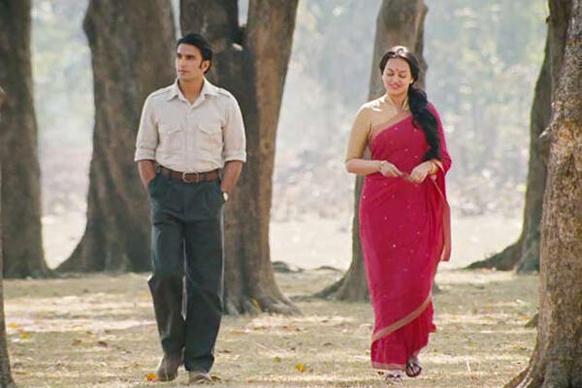 फिल्म लुटेरा में रणवीर सिंह और सोनाक्षी सिन्हा।