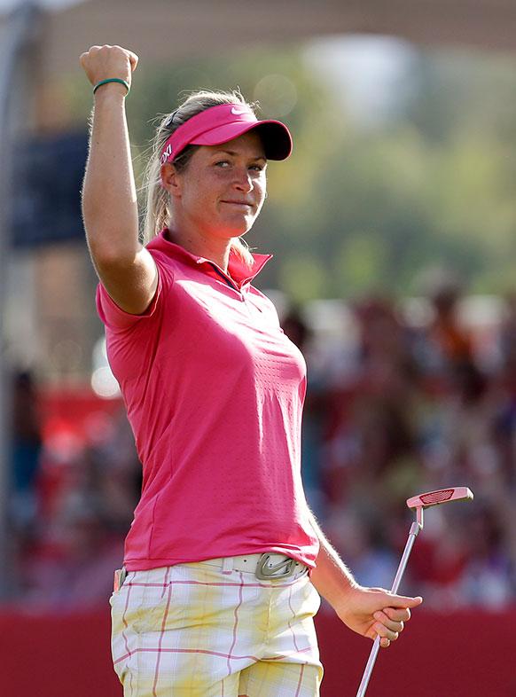 कैलिफ में एक गोल्फ टूर्नामेंट में भाग लेती नार्वे की सुजान पीटरसन।