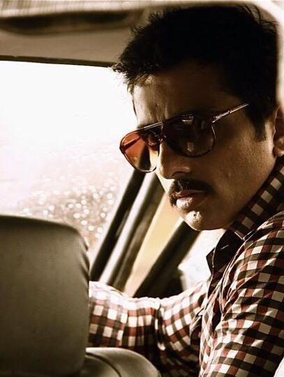 फिल्म शूटआऊट एट वडाला के एक सीन में अभिनेता सोनू सूद।