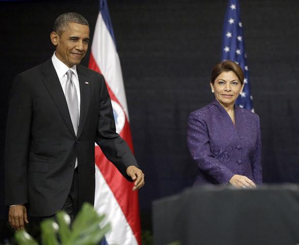 सैन जोस में अमेरिकी राष्ट्रपति बराक ओबामा कोस्टा रिका की प्रेजिडेंट लौरा चिंचिला के साथ मीडिया को संबोधित करते हुए।