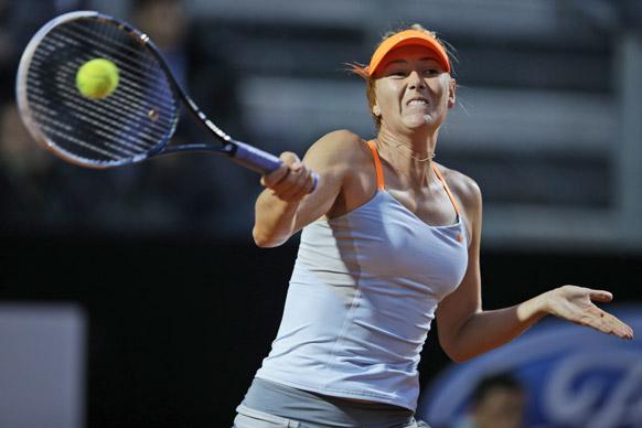 रोम में इटली ओपन टेनिस टूर्नामेंट के दौरान रूस की मारिया शारापोवा।