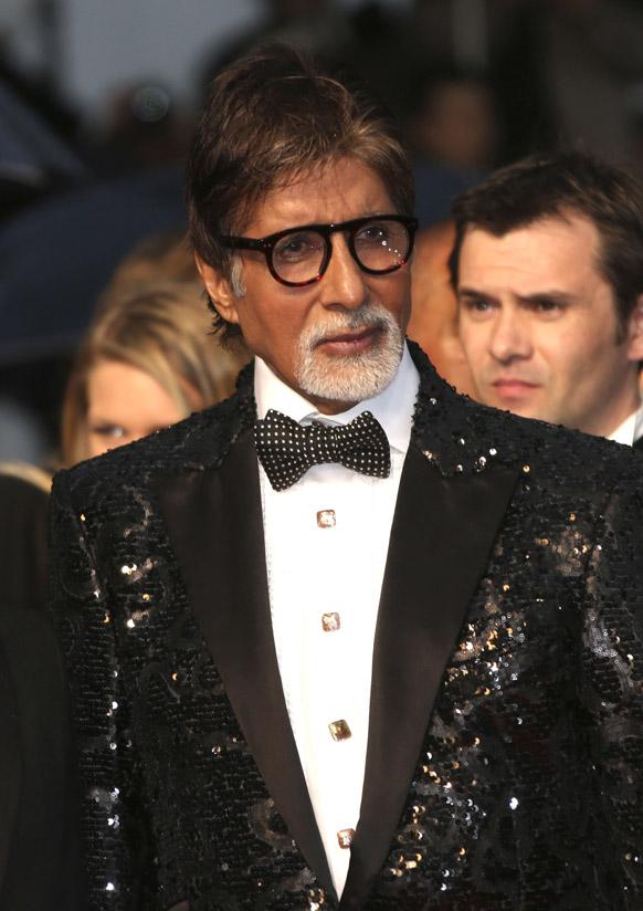 कॉन्स के उद्घाटन समारोह के लिए पहुंचे महानायक अमिताभ बच्चन।