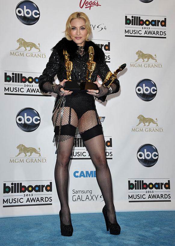 लॉस वेगास में मेडोना बिल्लीबोर्ड म्यूजिक अवॉर्ड के साथ।