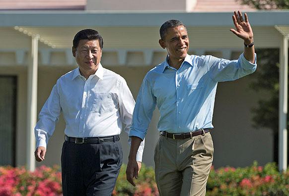 कैलिफ में चीन के राष्ट्रपति शी जिनपिंग के साथ अमेरिकी राष्ट्रपति बराक ओबामा।