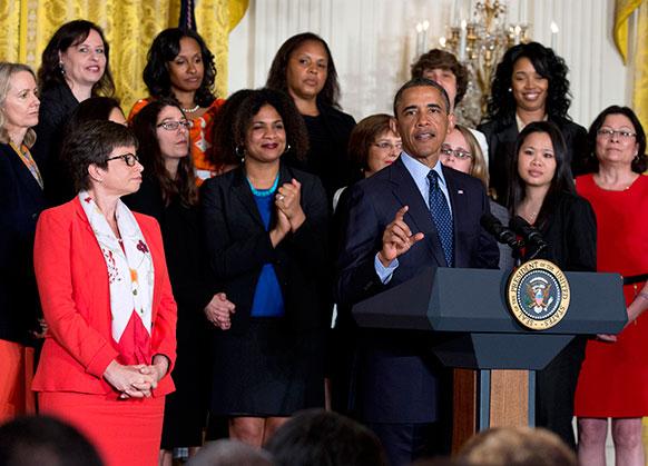 व्हाइट हाउस में बोलते हुए बराक ओबामा।