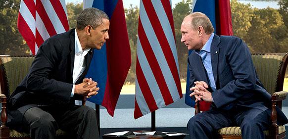उत्तरी आयरलैंड में जी-8 सम्मेलन से इतर अमेरिकी राष्ट्रपति बराक ओबामा एवं रूस के राष्ट्रपति व्लादिमीर पुतिन ने सीरिया संकट पर चर्चा की।