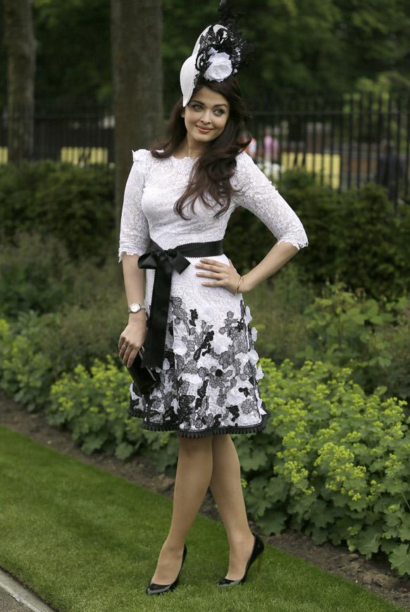 लंदन में रॉयल एस्कॉट रेस मीटिंग के दौरान बॉलीवुड अदाकारा ऐश्वर्या राय बच्चन।