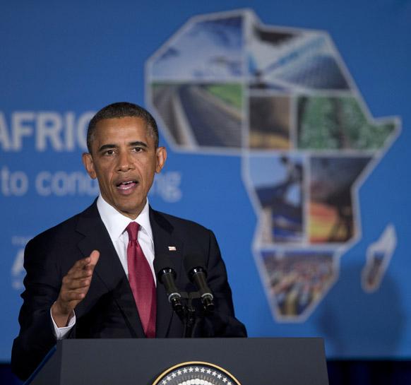 अफ्रीका में निवेश के मुद्दे बोलते हुए अमेरिकी राष्ट्रपति बराक ओबामा।