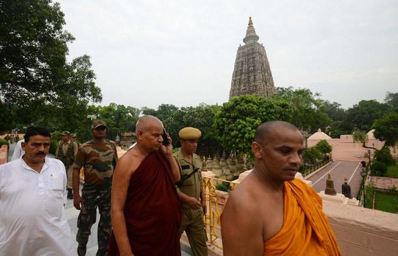 बोधगया के महोबोधि मंदिर में सीरियल धमाके के बाद सुरक्षा चाक चौबंद कर दी गई।
