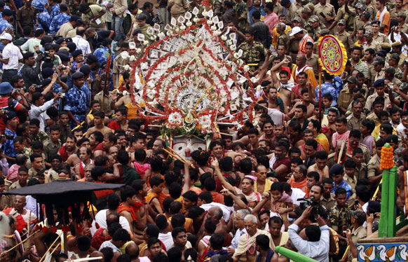 फाइल फोटो: भगवान जगन्नाथ पुरी से अपने मौसी के घर रथ पर सवार होकर जाते हैं।