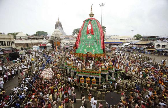 फाइल फोटो: इस रथयात्रा के दौरान लाखों श्रद्धालु रथ को खींचते हैं जिसमें भगवान जगन्नाथ सवार होते हैं।