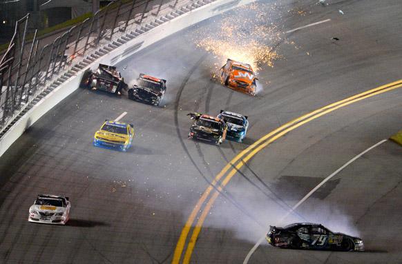 फ्लोरिडा में NASCAR नेशनवाइड ऑटो रेस।