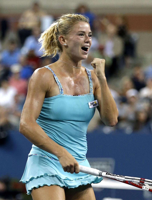 यूएस ओपन टेनिस टूर्नामेंट के एक मैच में इटली की कैमिला गिओरगी।