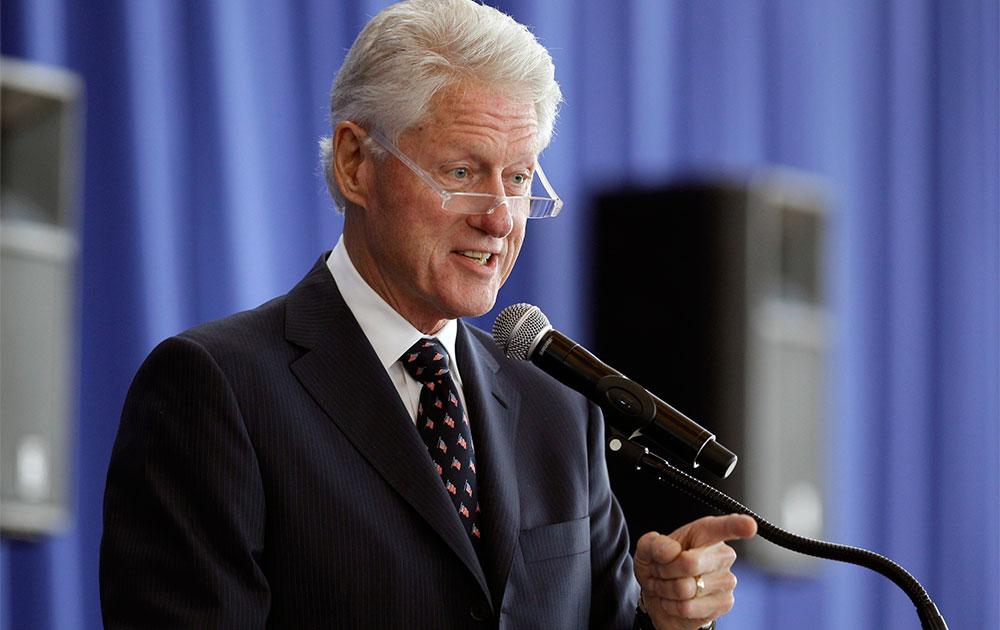 अमेरिका के पूर्व राष्ट्रपति बिल क्लिंटन