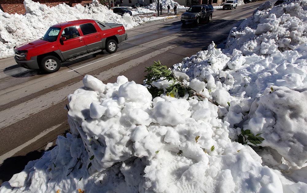 रैपिड सिटी में हुई बर्फबारी।