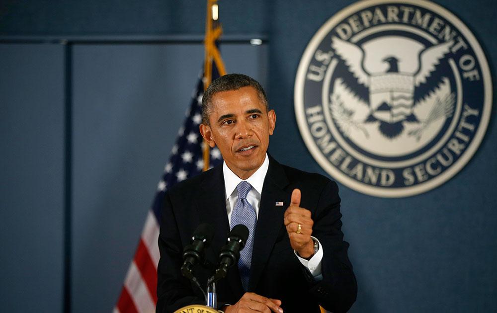 वाशिंगटन में फेमा मुख्यालय में तालाबंदी पर अपने विचार रखते अमेरिकी राष्ट्रपति बराक ओबामा।