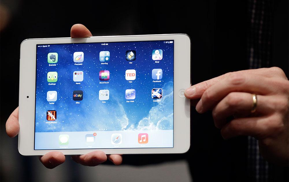 एप्पल कंपनी ने सैंफ्रांसिस्को में नए आईपैड को लॉन्च किया।